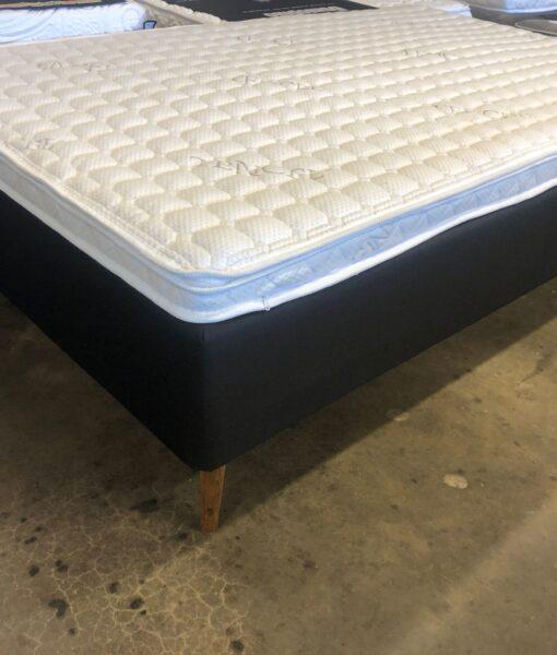 Sidste nye Boxmadras de lux 120 x 200 cm. med tyk lækker Tencel topmadras og ben JT-86