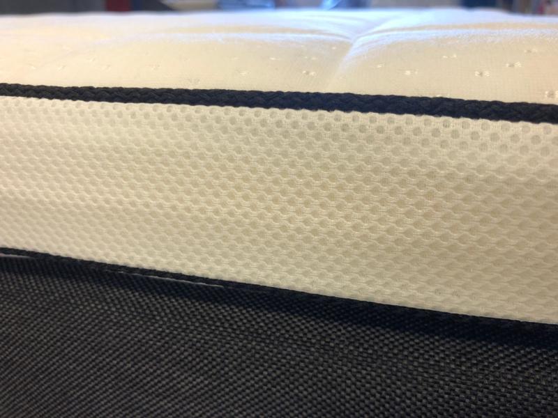Rubin Latex topmadras 90 x 210 cm. - 7 cm. høj.
