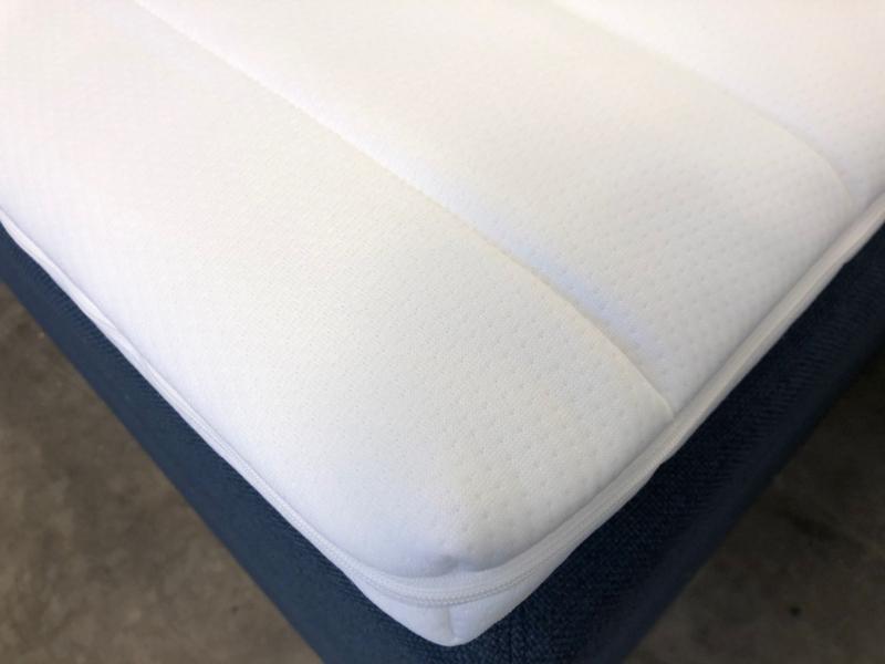 Latex topmadras 5-6 cm. tyk, tyk quiltet betræk.